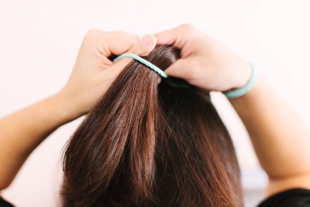 goody-hair-tutorial-easy-updo-5528