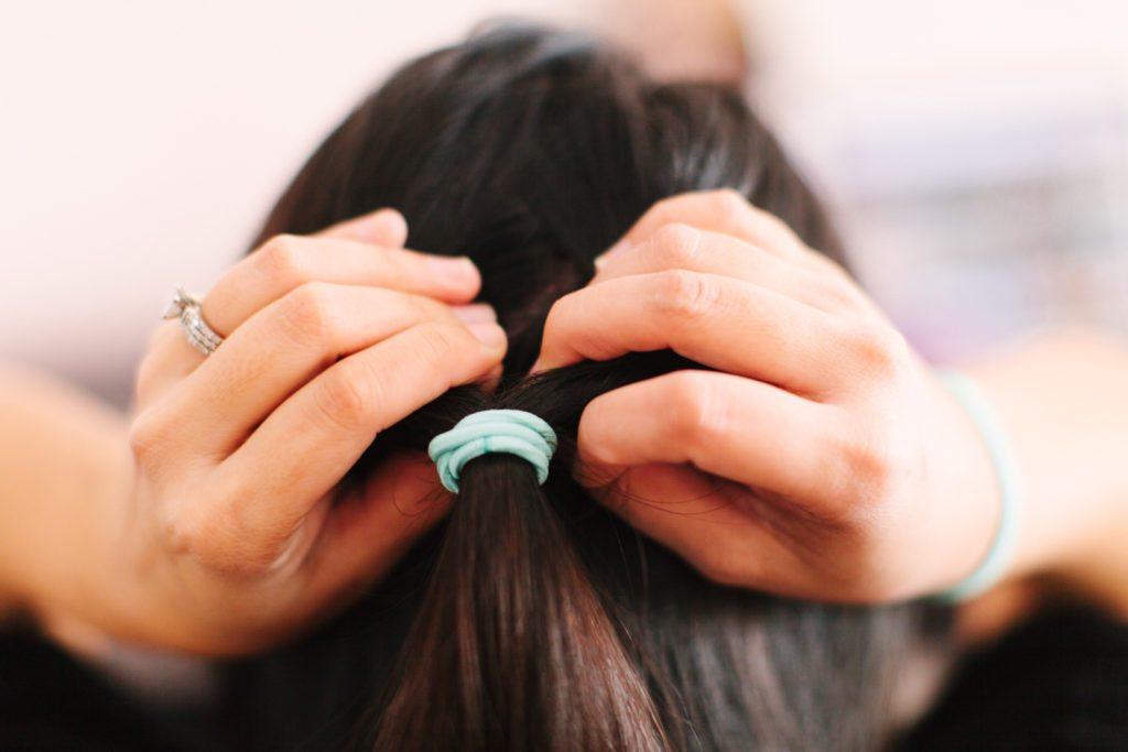 goody-hair-tutorial-easy-updo-5537