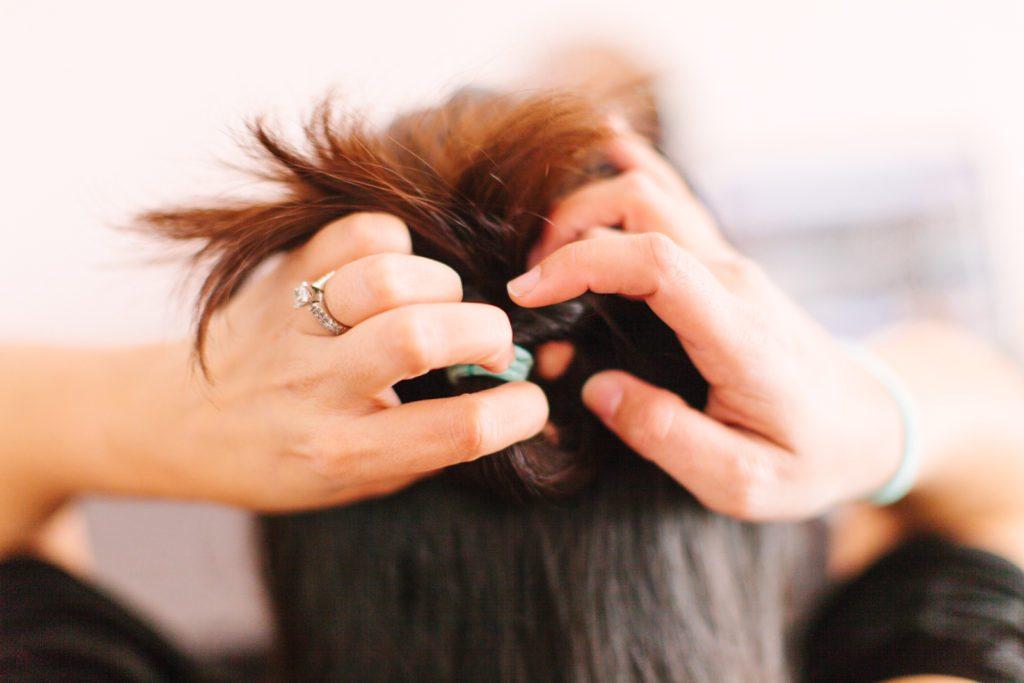 goody-hair-tutorial-easy-updo-5540