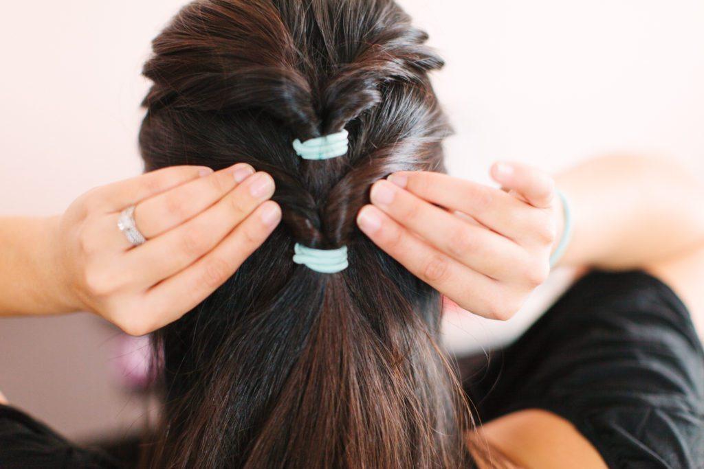 goody-hair-tutorial-easy-updo-5551