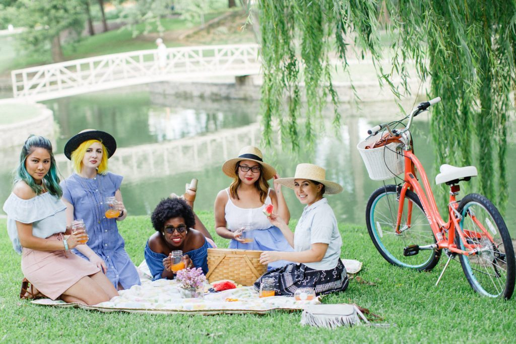 Diversity Chic: Sunday in the Park